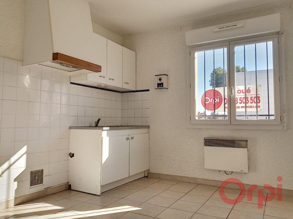 Appartement à louer 1 28.44m2 à Toulouges vignette-1