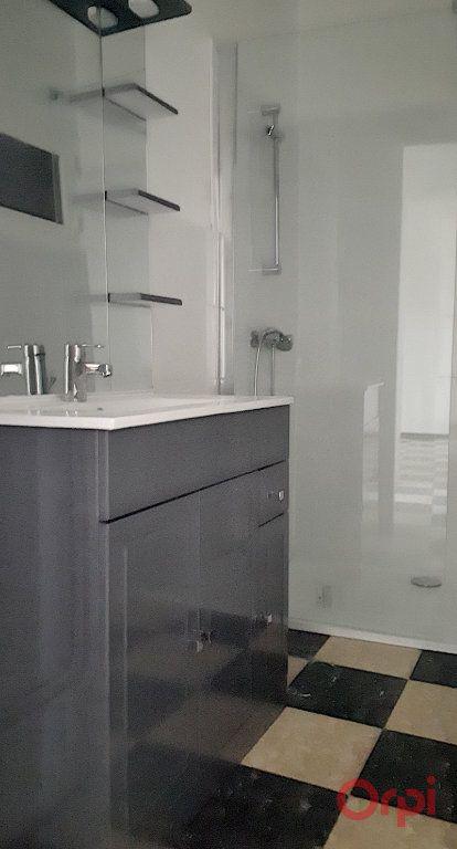 Appartement à louer 3 70.09m2 à Perpignan vignette-4