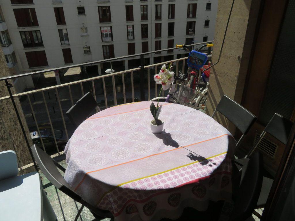 Appartement à louer 3 64m2 à Épinay-sur-Seine vignette-3