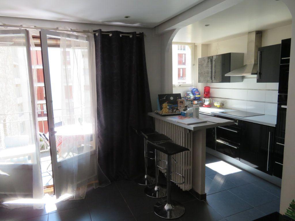 Appartement à louer 3 64m2 à Épinay-sur-Seine vignette-10