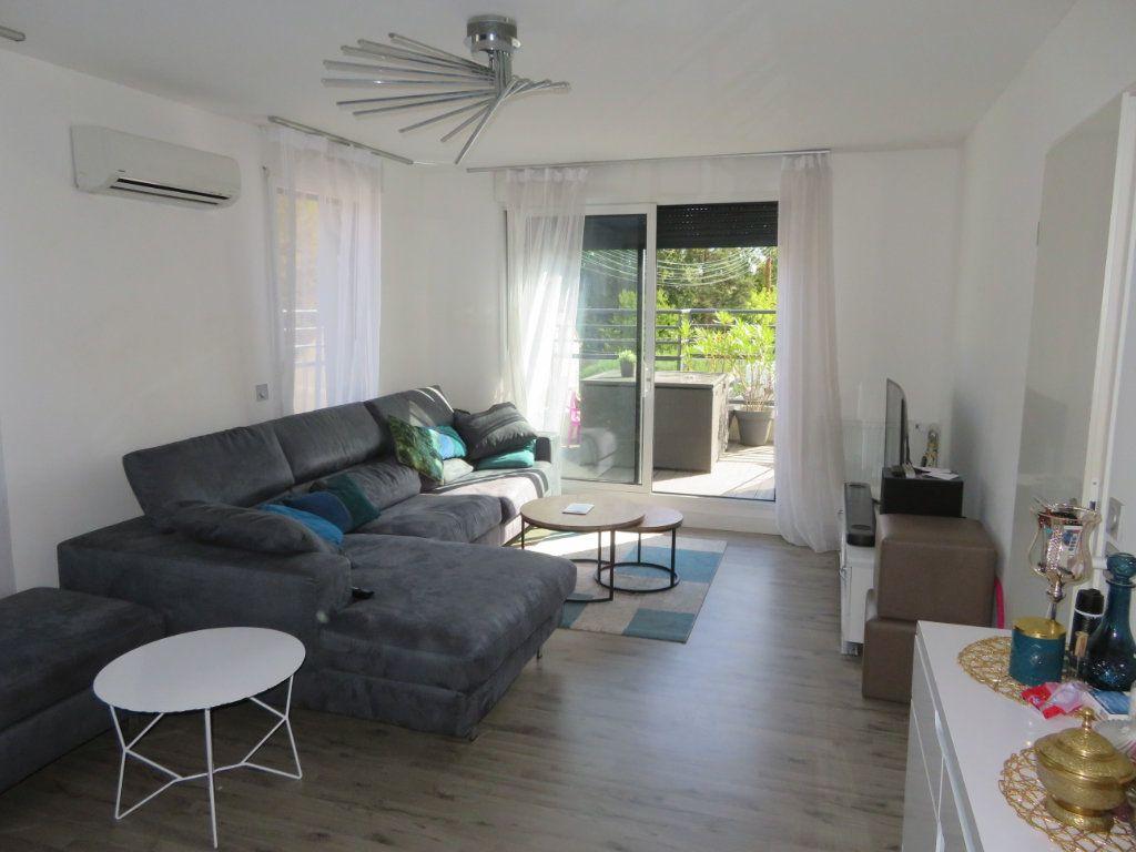 Appartement à vendre 3 60m2 à Groslay vignette-2