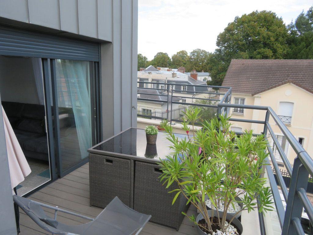 Appartement à vendre 3 60m2 à Groslay vignette-3