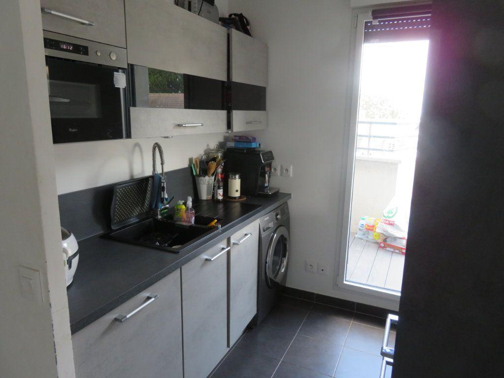 Appartement à vendre 3 60m2 à Groslay vignette-6
