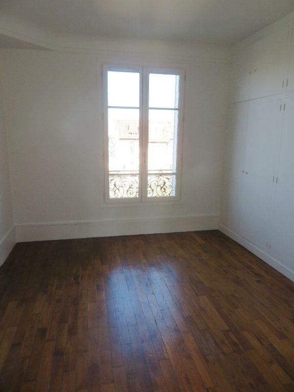 Appartement à louer 3 59.36m2 à Enghien-les-Bains vignette-2