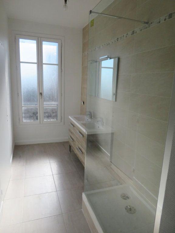 Appartement à louer 3 59.36m2 à Enghien-les-Bains vignette-3