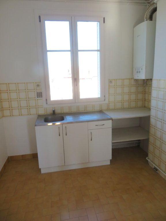 Appartement à louer 3 59.36m2 à Enghien-les-Bains vignette-5