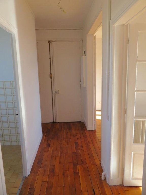 Appartement à louer 3 59.36m2 à Enghien-les-Bains vignette-6