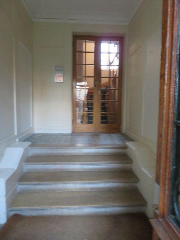 Appartement à louer 3 59.36m2 à Enghien-les-Bains vignette-7