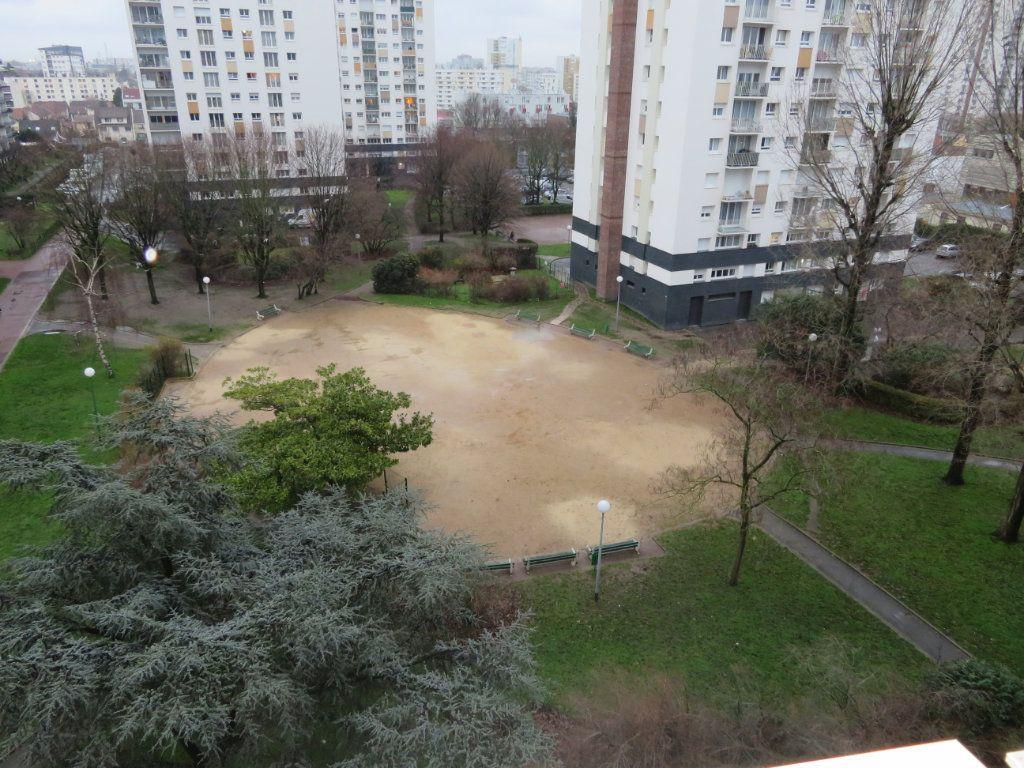 Appartement à vendre 4 71.23m2 à Épinay-sur-Seine vignette-1