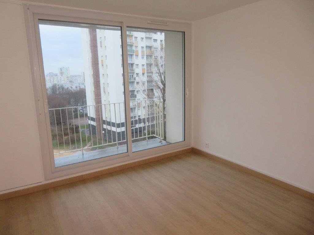 Appartement à vendre 4 71.23m2 à Épinay-sur-Seine vignette-2