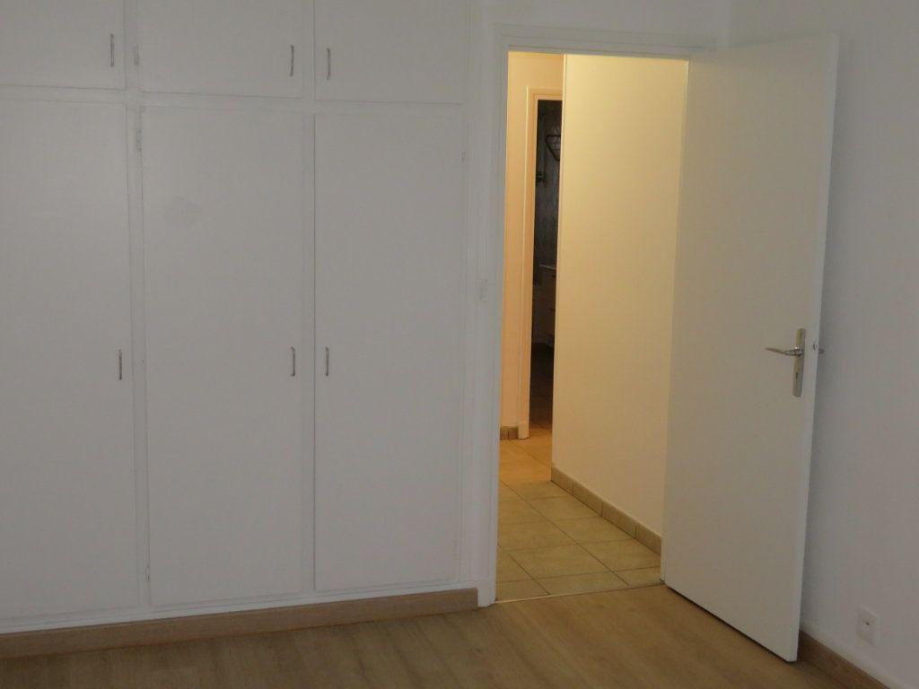 Appartement à vendre 4 71.23m2 à Épinay-sur-Seine vignette-8