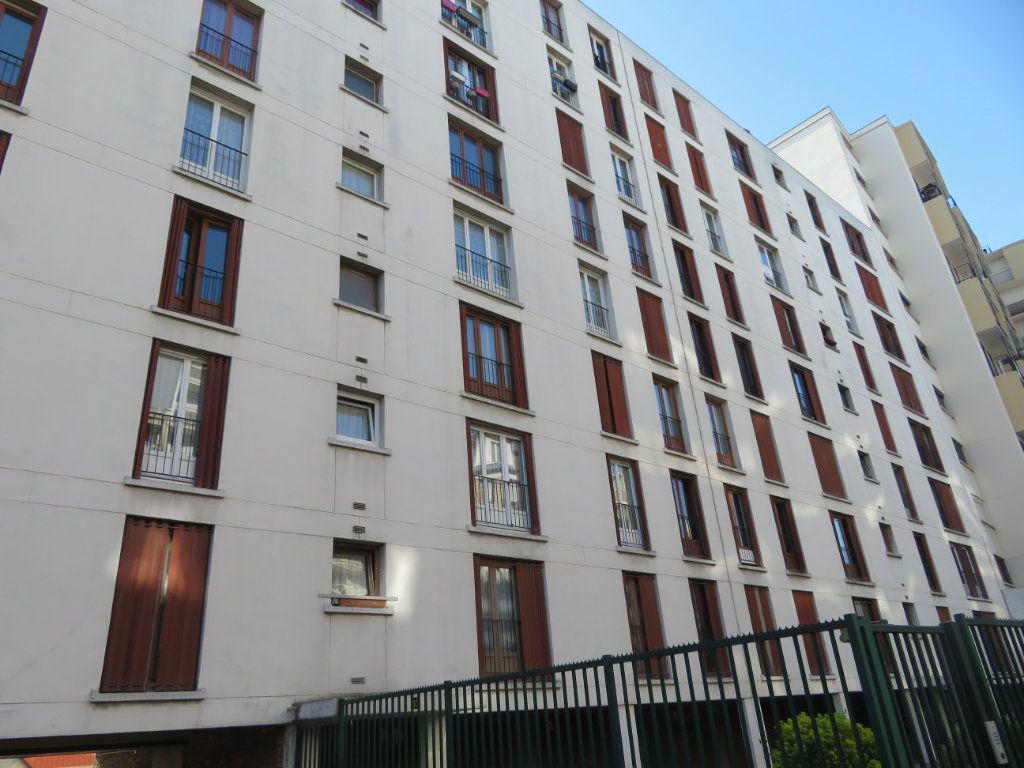 Appartement à vendre 3 49m2 à Épinay-sur-Seine vignette-2