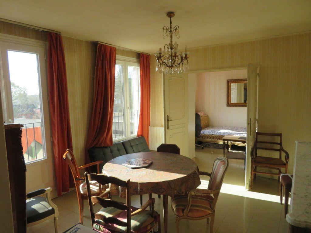 Appartement à vendre 3 49m2 à Épinay-sur-Seine vignette-3