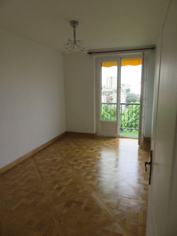 Appartement à louer 3 62.13m2 à Épinay-sur-Seine vignette-7