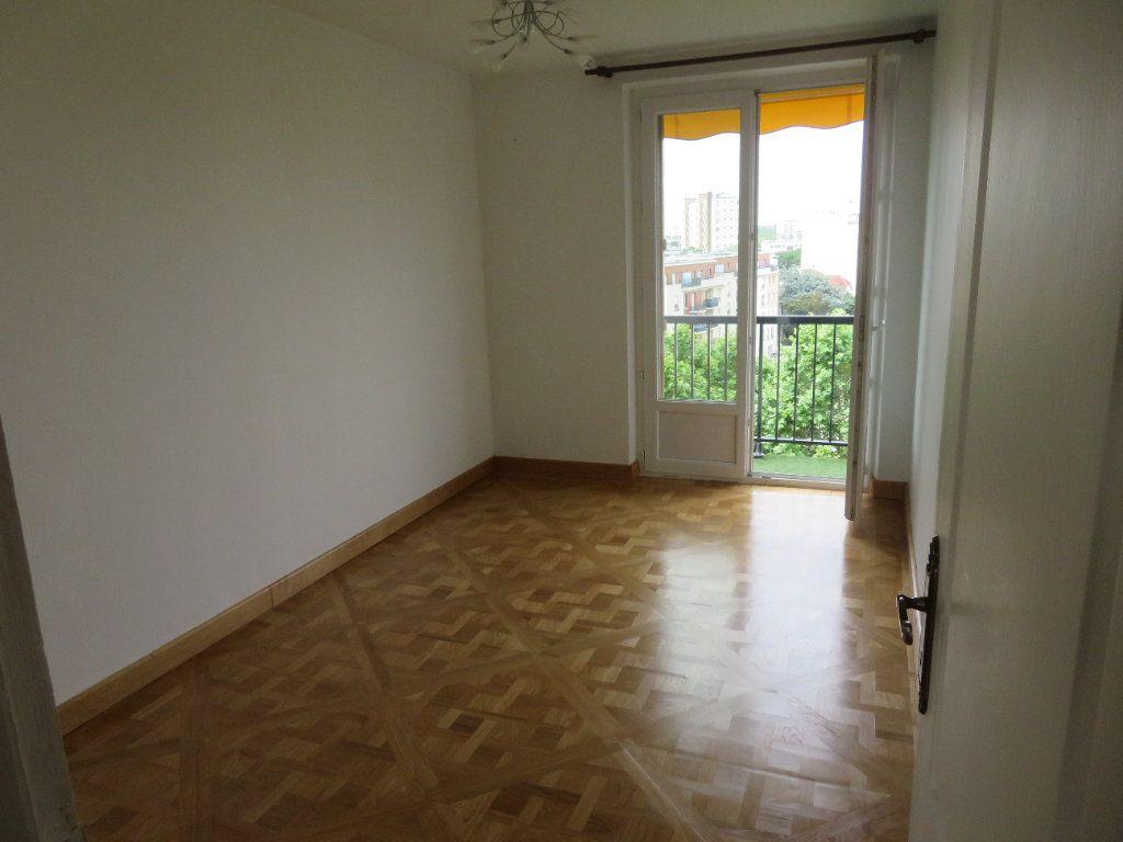 Appartement à louer 3 62.13m2 à Épinay-sur-Seine vignette-12