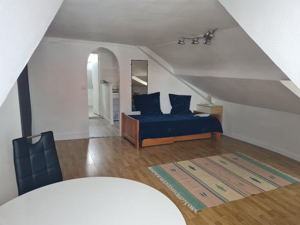 Appartement à louer 1 21m2 à Montmorency vignette-2