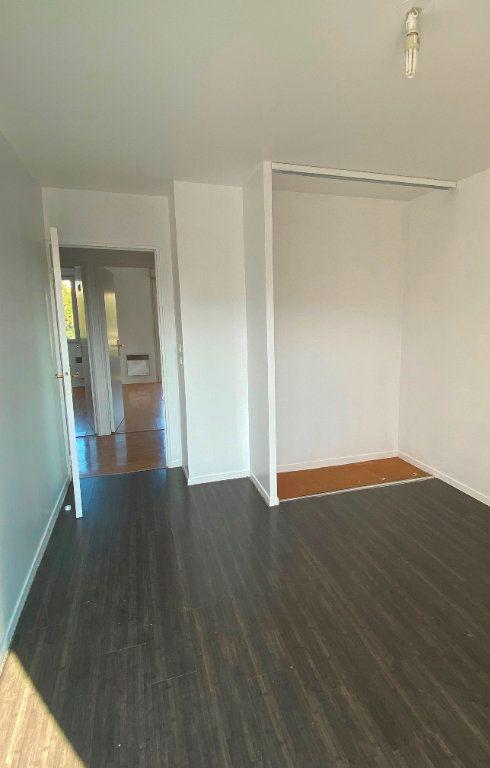 Appartement à vendre 4 75.29m2 à Épinay-sur-Seine vignette-15