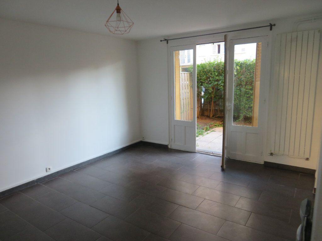 Appartement à louer 3 57.66m2 à Enghien-les-Bains vignette-5