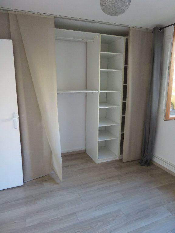 Appartement à louer 3 57.66m2 à Enghien-les-Bains vignette-6