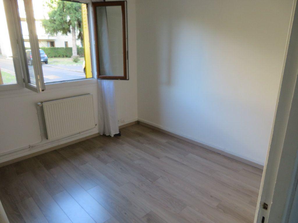 Appartement à louer 3 57.66m2 à Enghien-les-Bains vignette-7