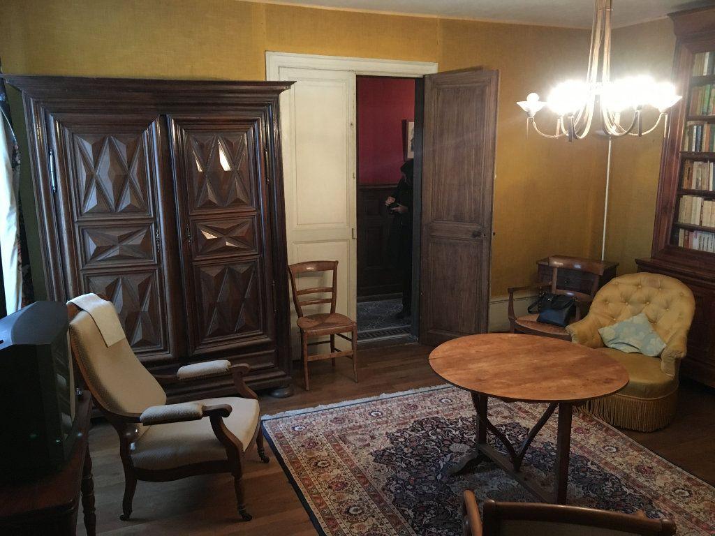 Maison à vendre 8 234m2 à Surgères vignette-4