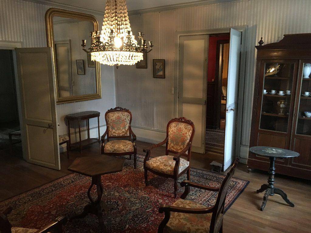 Maison à vendre 8 234m2 à Surgères vignette-6