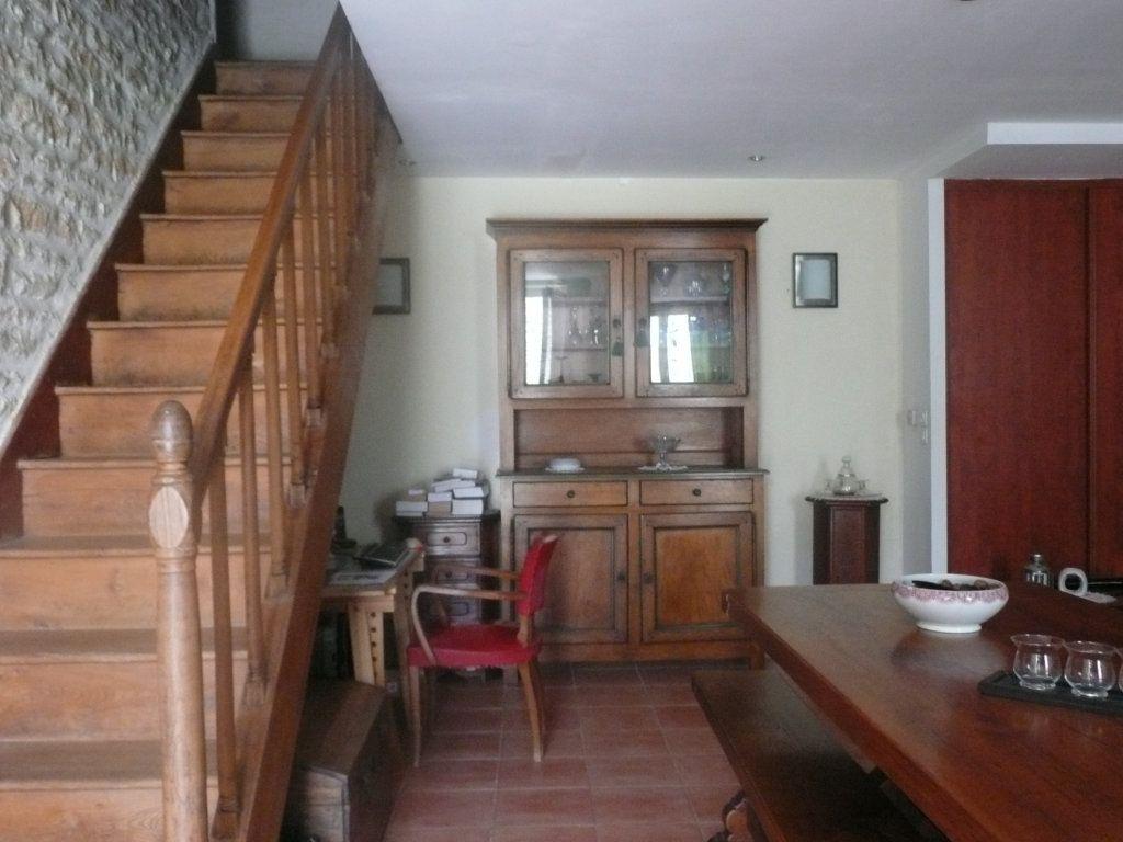 Maison à vendre 6 160m2 à La Grève-sur-Mignon vignette-3