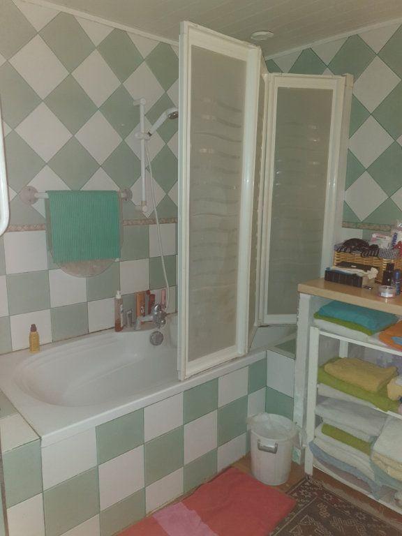 Maison à vendre 6 160m2 à La Grève-sur-Mignon vignette-7