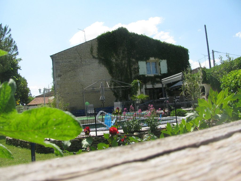 Maison à vendre 9 305m2 à Saint-Hilaire-la-Palud vignette-17