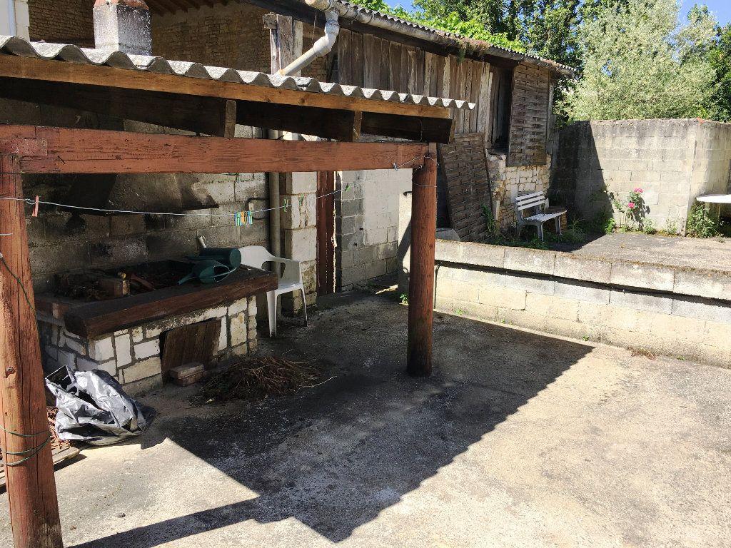 Maison à vendre 4 80m2 à Surgères vignette-3
