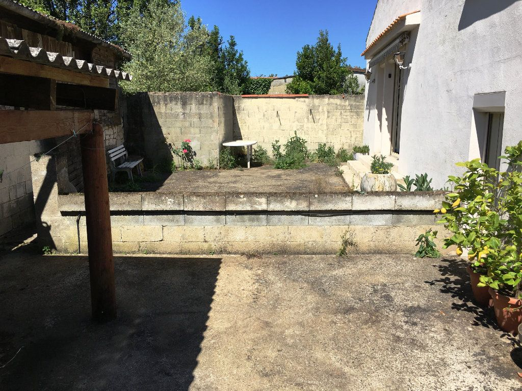 Maison à vendre 4 80m2 à Surgères vignette-4