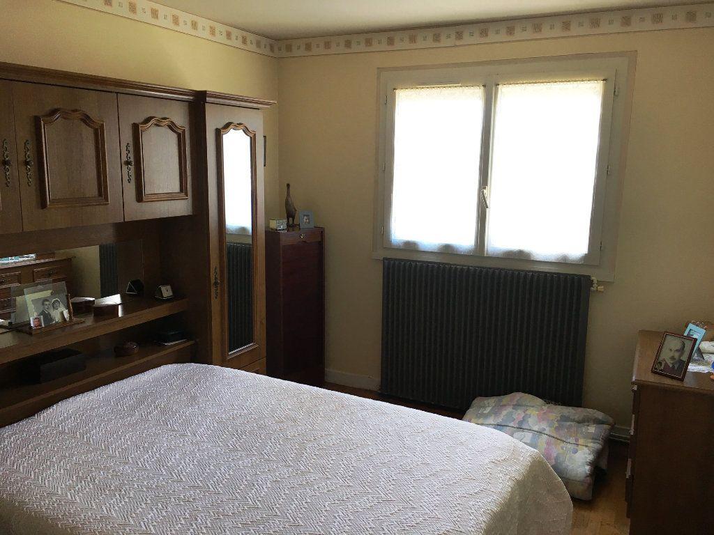 Maison à vendre 4 80m2 à Surgères vignette-6