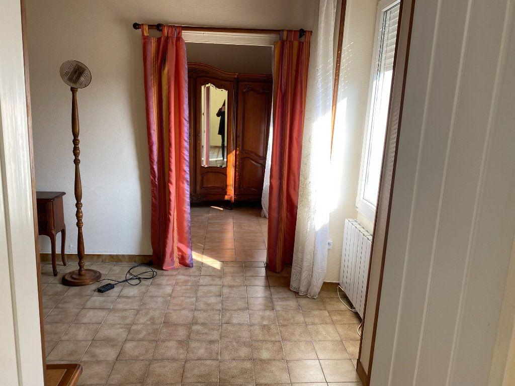 Maison à vendre 6 103m2 à Forges vignette-4