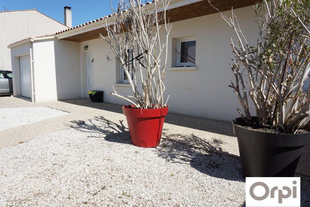 Maison à vendre 5 99m2 à La Rochelle vignette-1