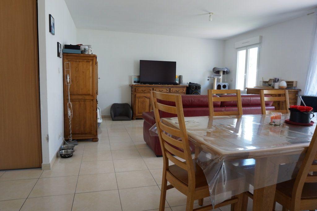 Maison à vendre 5 99m2 à La Rochelle vignette-3
