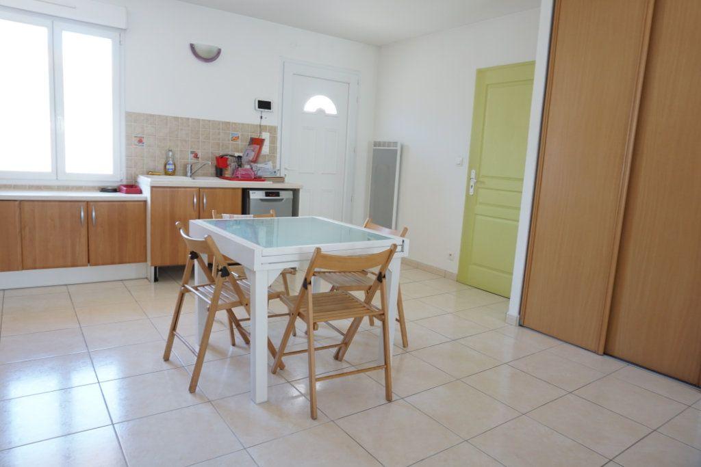 Maison à vendre 5 99m2 à La Rochelle vignette-6