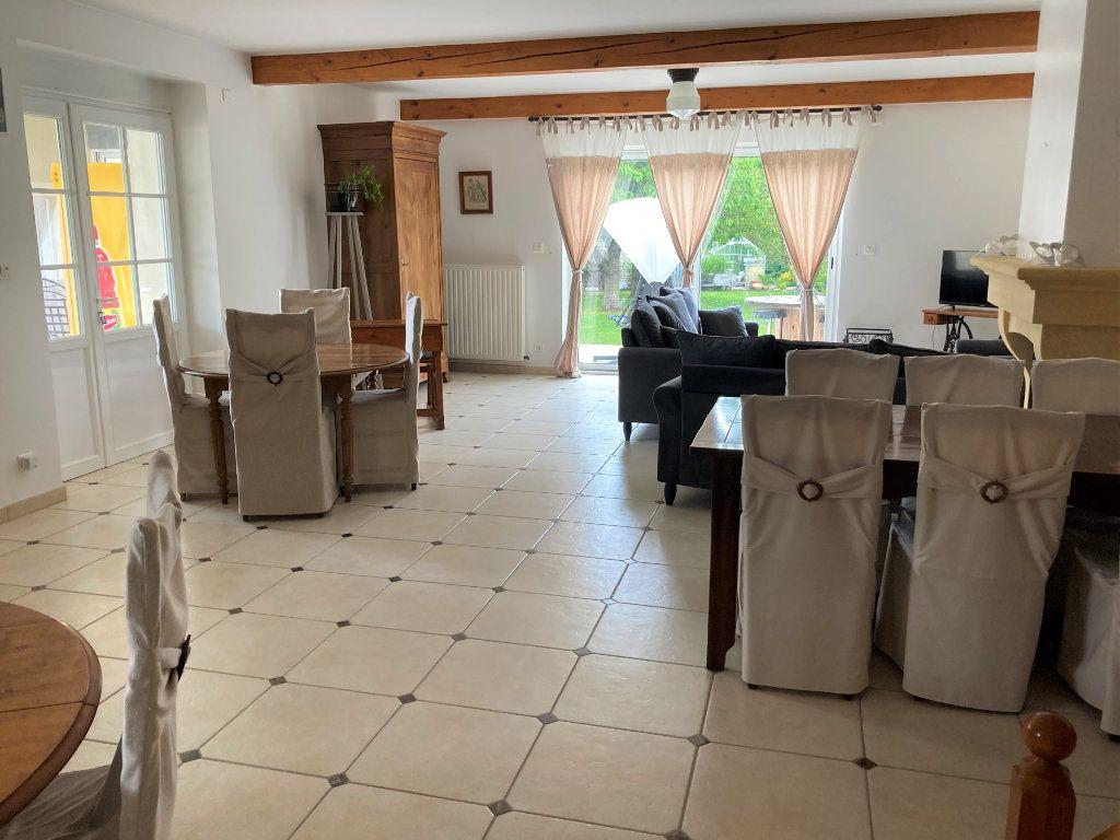Maison à vendre 12 316m2 à Saint-Hilaire-la-Palud vignette-2