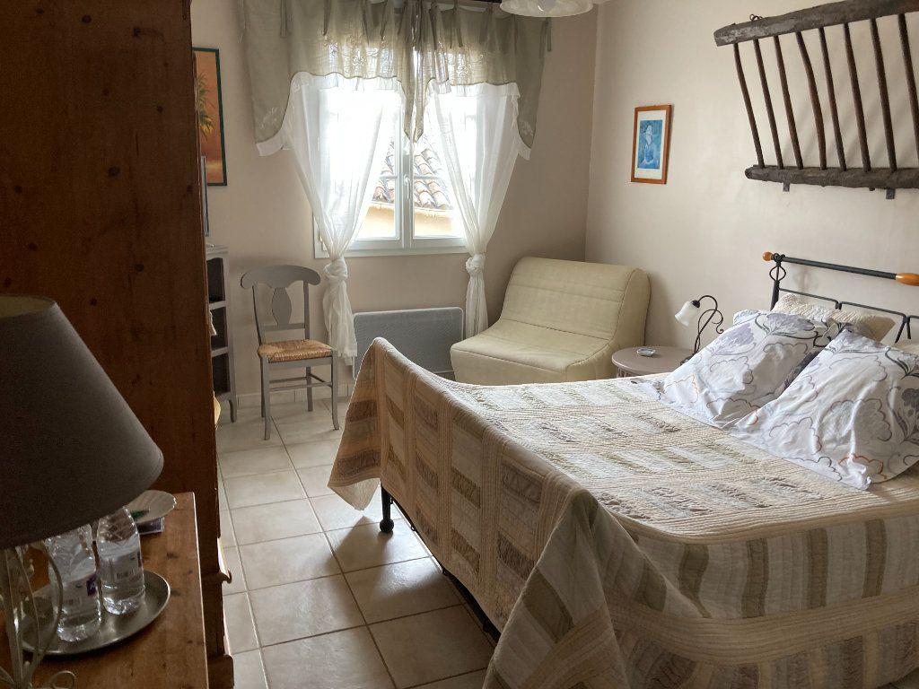 Maison à vendre 12 316m2 à Saint-Hilaire-la-Palud vignette-6