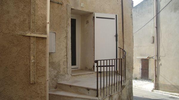 Maison à louer 3 47m2 à Marseille 1 vignette-1