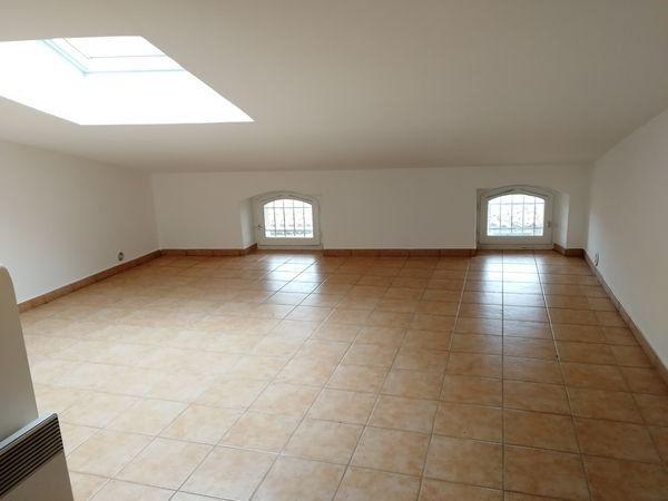 Maison à louer 4 98m2 à Montmeyan vignette-9
