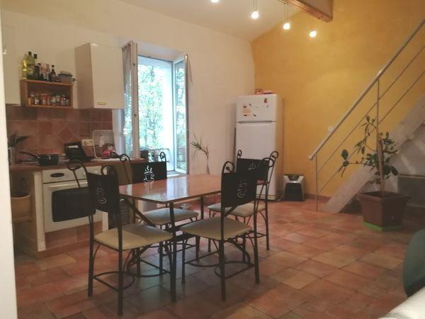 Maison à louer 4 62m2 à Ginasservis vignette-1