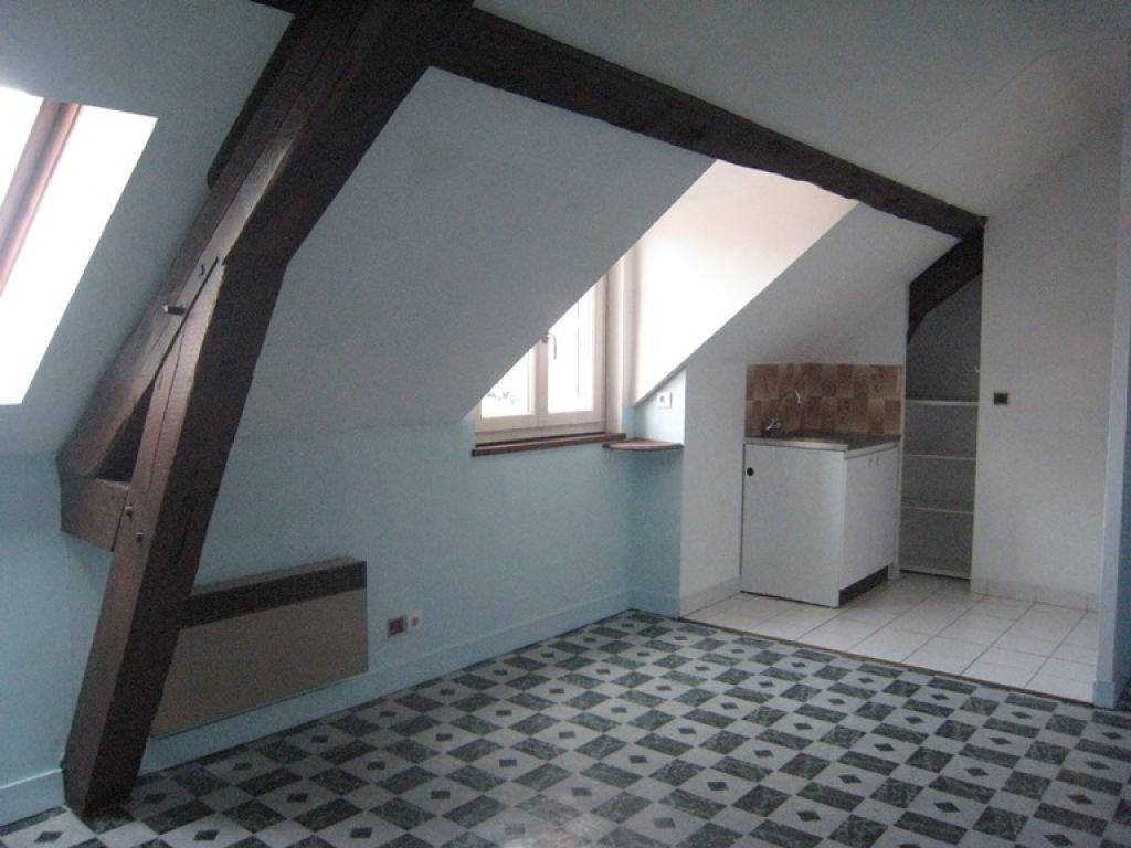 Appartement à louer 2 30m2 à Lamotte-Beuvron vignette-1