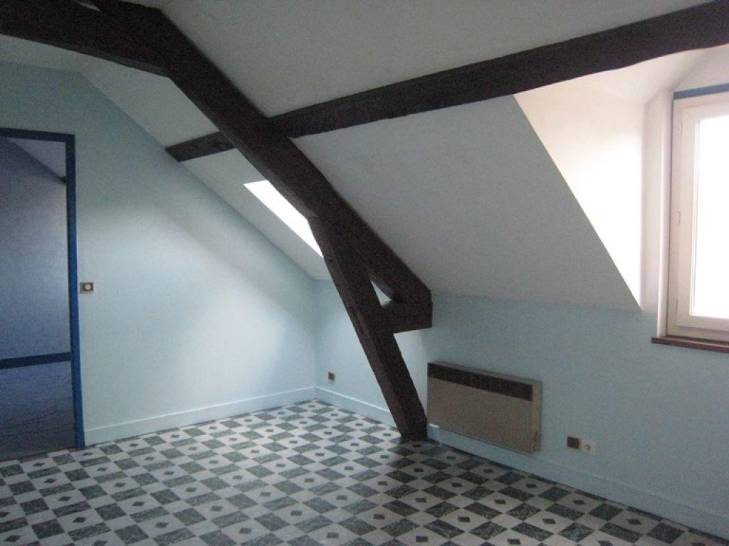 Appartement à louer 2 30m2 à Lamotte-Beuvron vignette-2