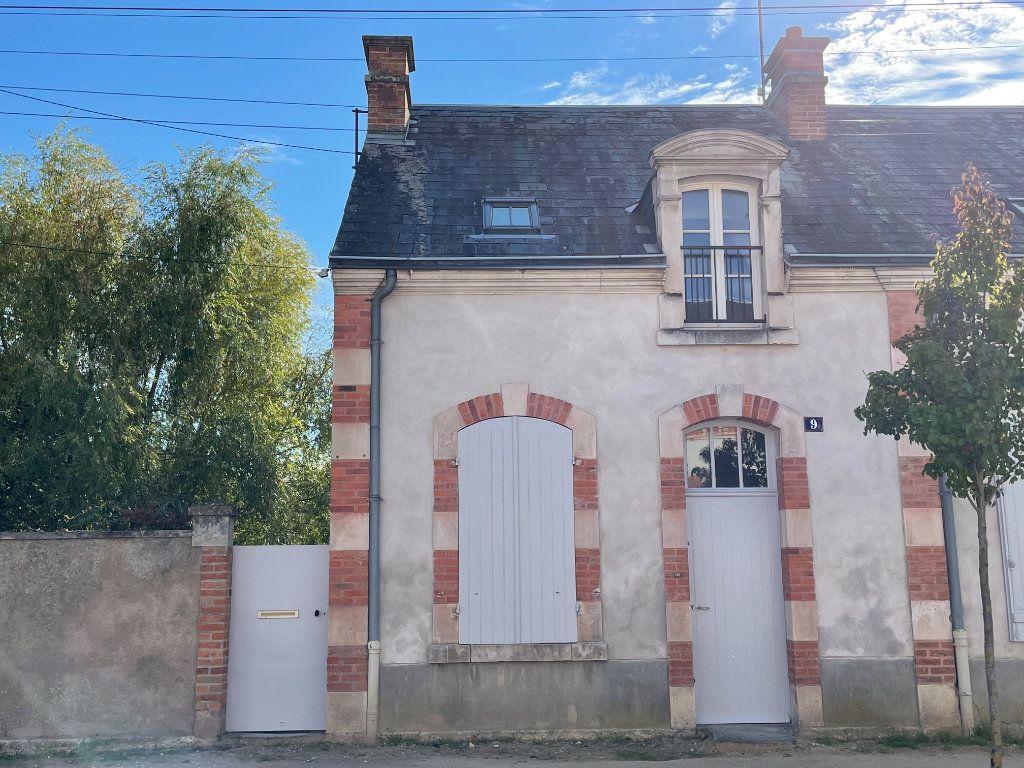 Maison à louer 3 62m2 à La Ferté-Saint-Aubin vignette-1