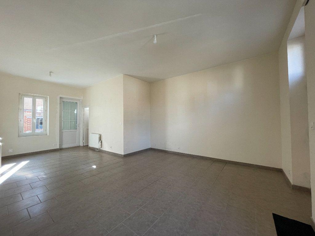 Maison à louer 3 62m2 à La Ferté-Saint-Aubin vignette-2