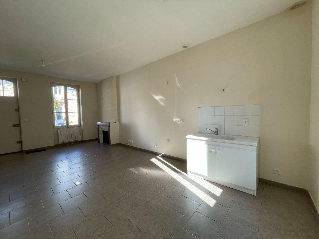 Maison à louer 3 62m2 à La Ferté-Saint-Aubin vignette-4