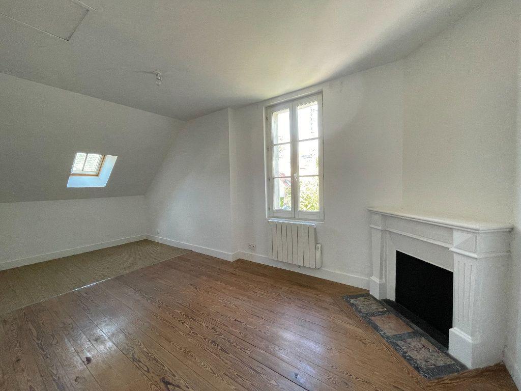 Maison à louer 3 62m2 à La Ferté-Saint-Aubin vignette-7