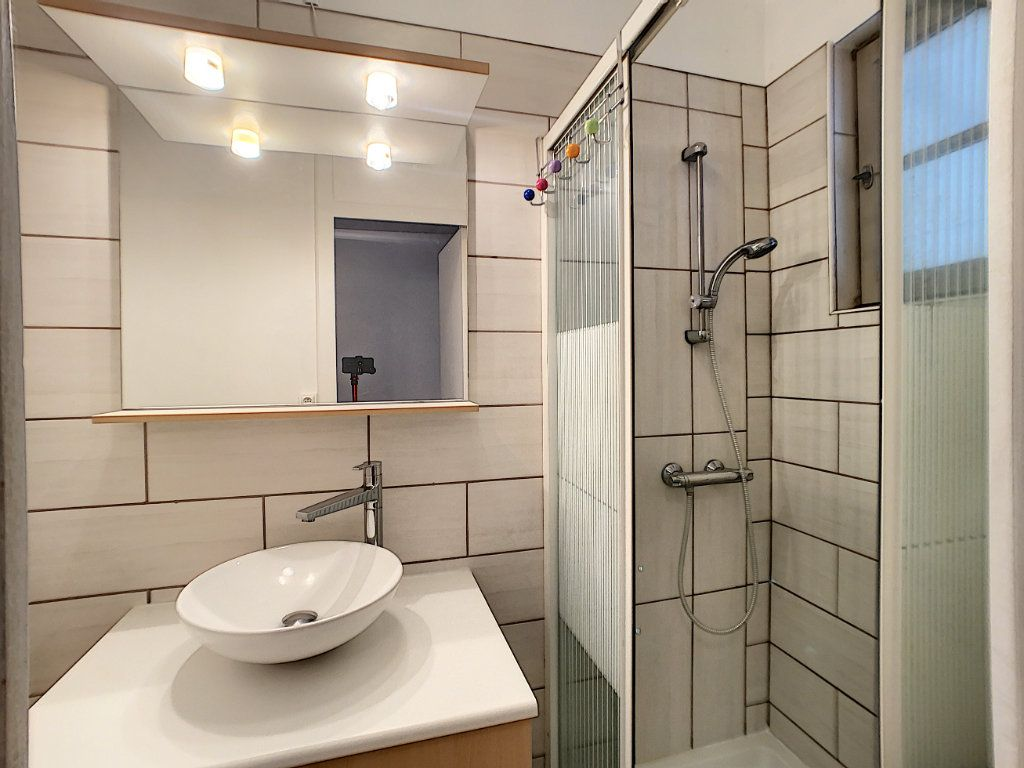 Maison à louer 3 60m2 à La Ferté-Saint-Aubin vignette-8