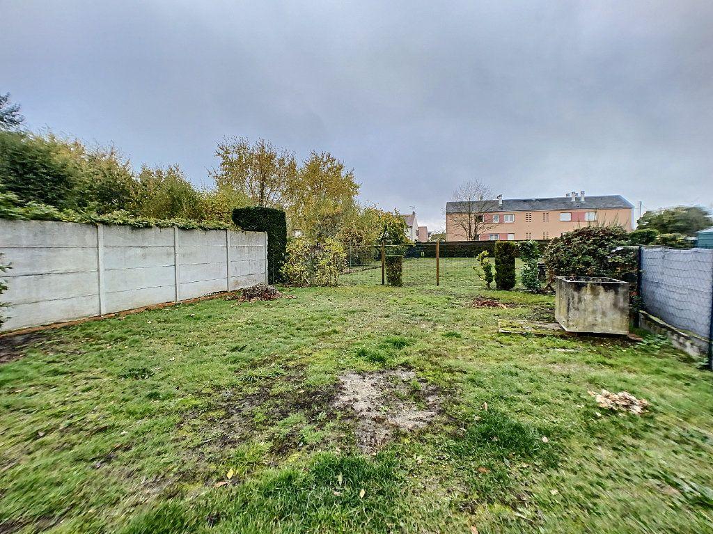 Maison à louer 3 60m2 à La Ferté-Saint-Aubin vignette-10