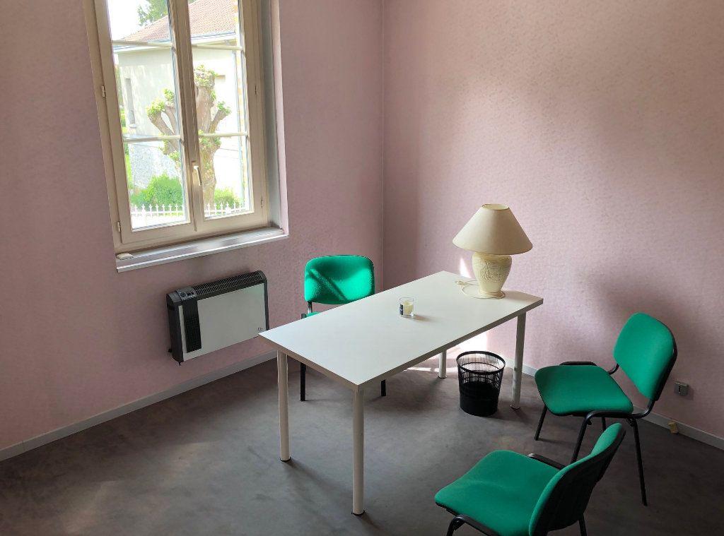 Maison à louer 5 120m2 à Lamotte-Beuvron vignette-1